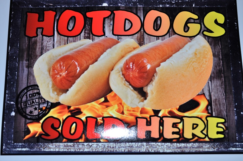 4 x hotdogs sold here with quality mark, stickers for catering